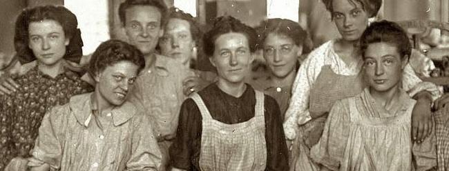 Mujeres (8 de marzo). x