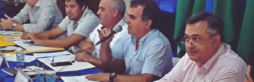 Em Faxinal, reunião da AMUVI tem a participação do secretário de saúde Beto Preto